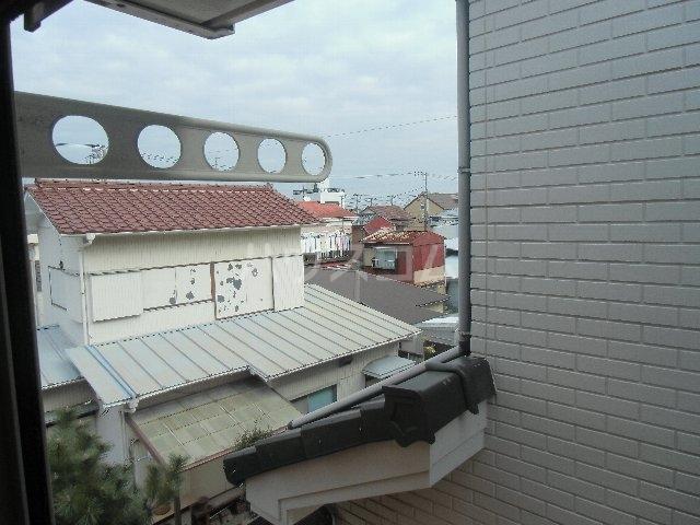 石田荘 201号室の景色