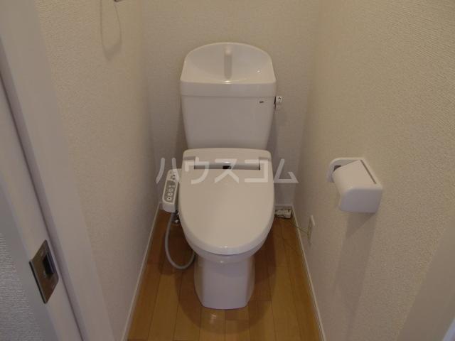 グランマリナー横須賀田浦 204号室のトイレ