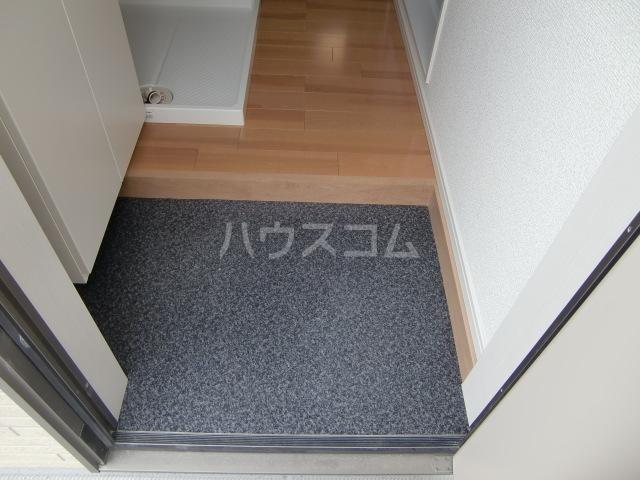グランマリナー横須賀田浦 204号室の玄関