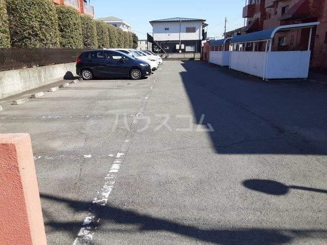 レジデンスY・S 106号室の居室