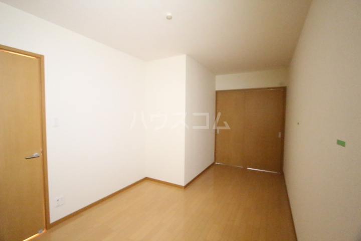 ベルコリーヌ 202号室の居室