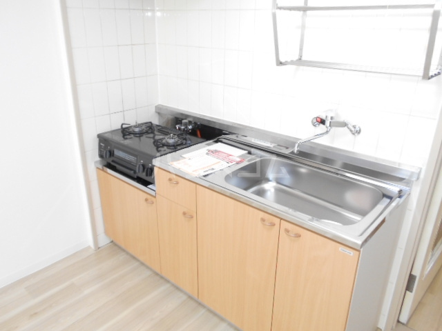 サクセス桜井 103号室のキッチン