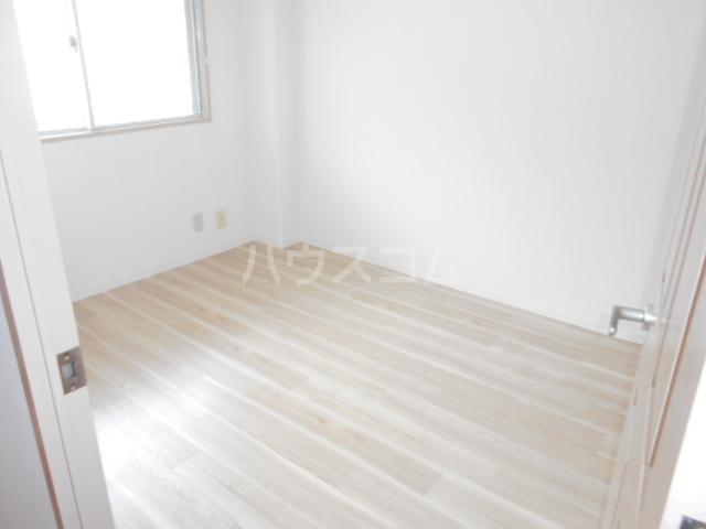サクセス桜井 103号室のベッドルーム