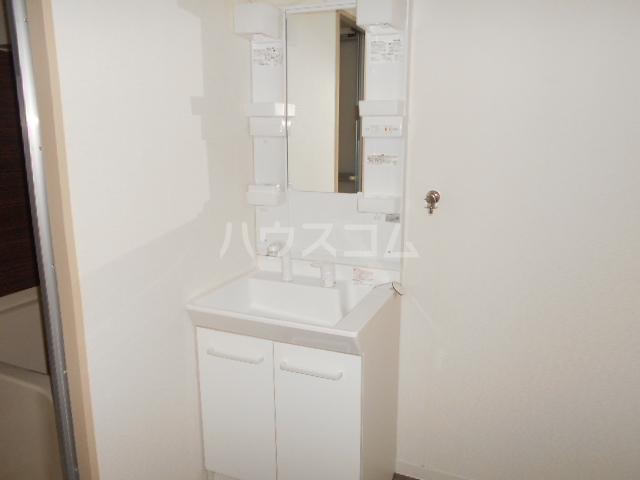 サクセス桜井 103号室の洗面所