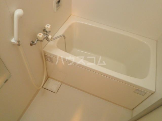 ハーモニー日永 406号室の風呂