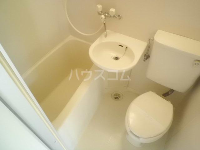 スカイコート中央林間 302号室の風呂