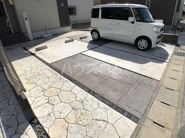 マイスターの駐車場