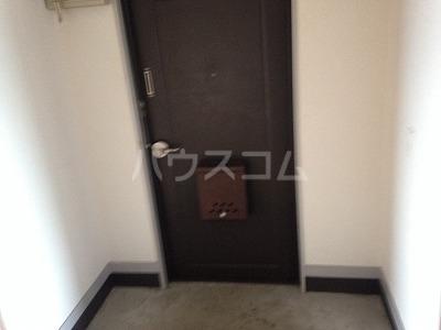 レジデンス福裕 302号室の玄関