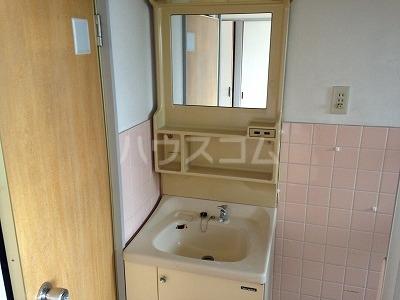 レジデンス福裕 302号室のトイレ