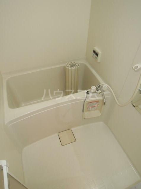 ダンディライオン 203号室の風呂