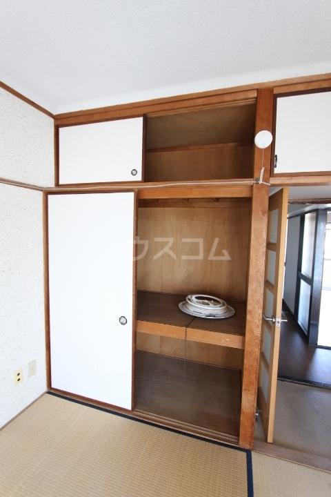 松井ビル 601号室の収納