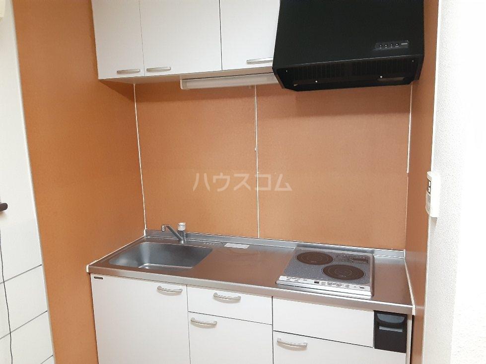 アクアハイム 103号室のキッチン