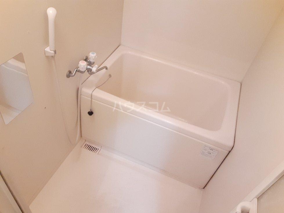 アクアハイム 103号室の風呂