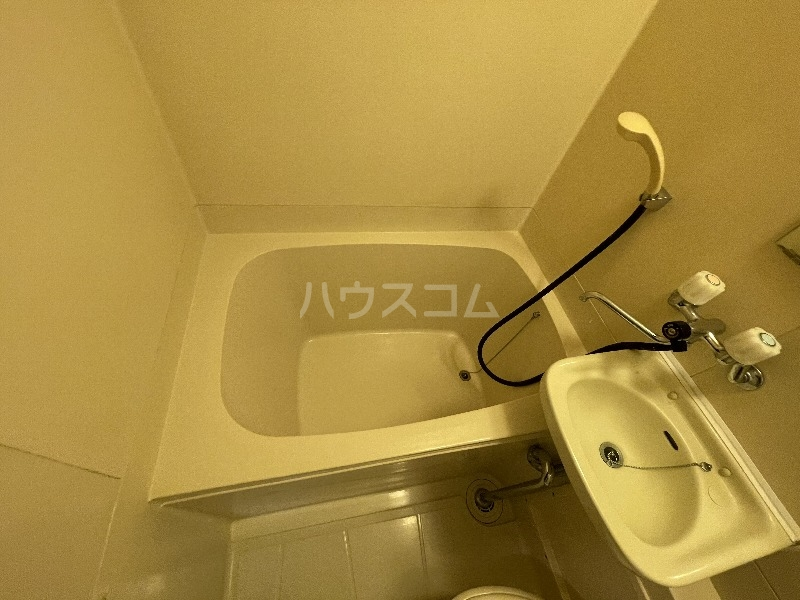 アクアハイム 201号室の風呂