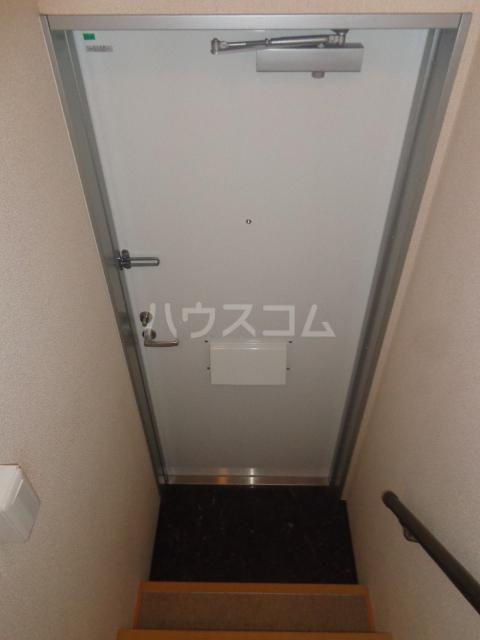 カーサ・フェリーチェ 205号室の玄関