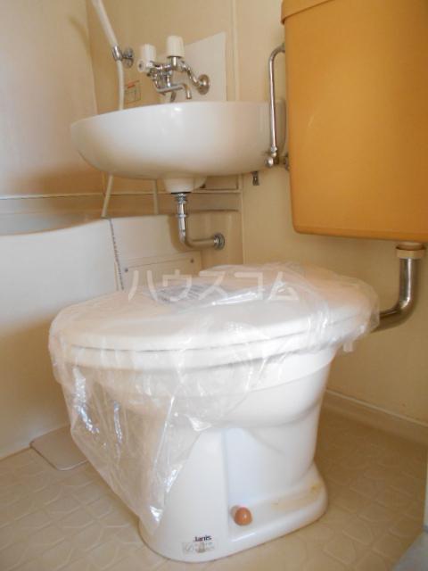 メゾンG 402号室のトイレ