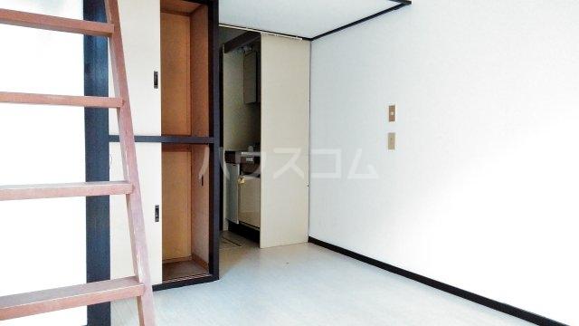 エクセル新高根 105号室の収納