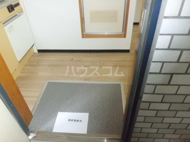 メゾン朋泉Ⅱ 109号室の玄関