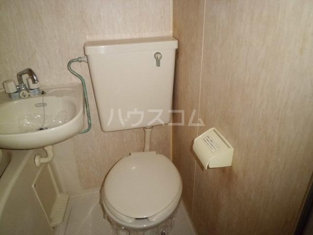 メゾン朋泉Ⅱ 109号室のトイレ