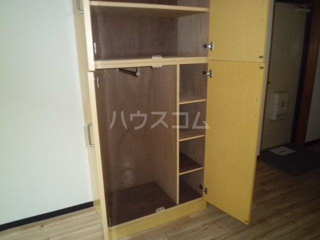 メゾン朋泉Ⅱ 109号室の収納