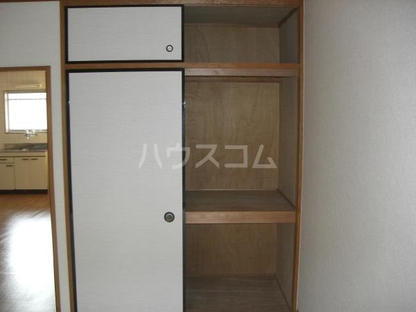 ぴゅあレジデンス 106号室の収納