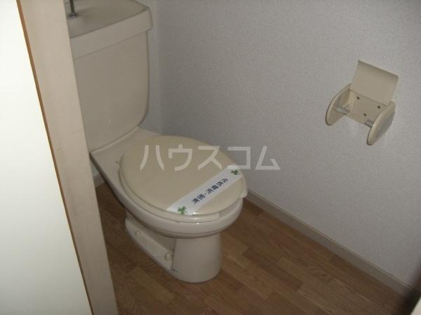 ぴゅあレジデンス 106号室のトイレ