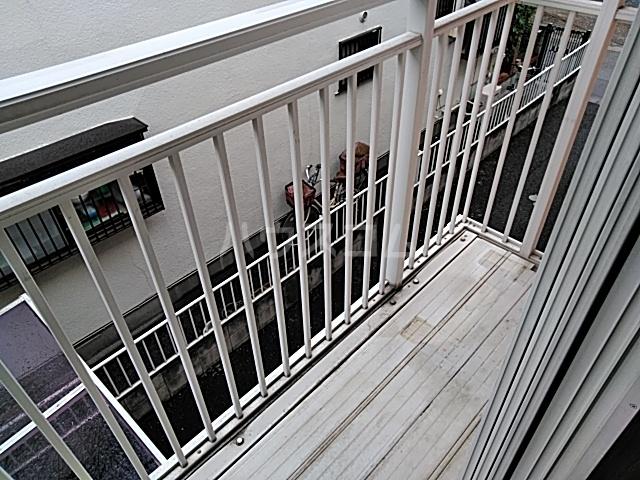 ラフォーレ松原 202号室のバルコニー