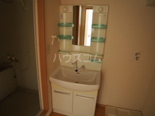 ガーデンハマ 567 106号室の洗面所