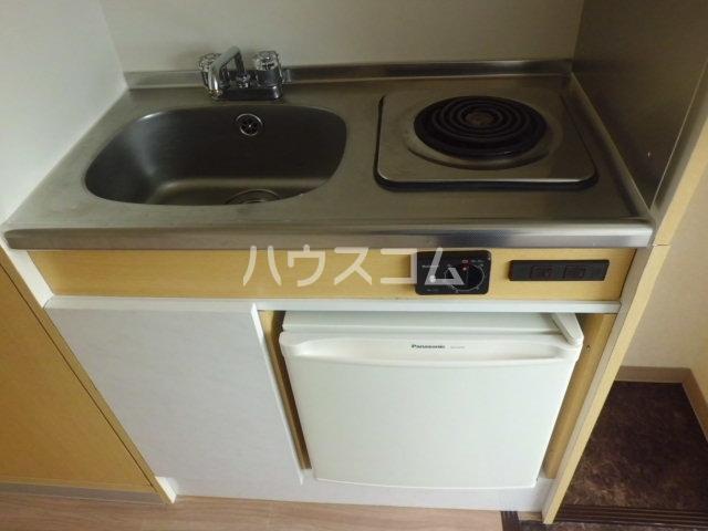 神明マンション 307号室のキッチン