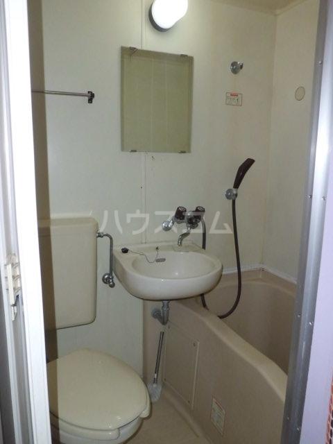 ティファニー2 202号室の風呂