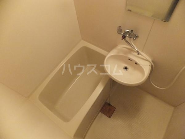 猪野マンション 103号室の風呂