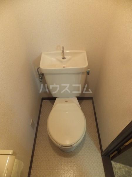 猪野マンション 103号室のトイレ