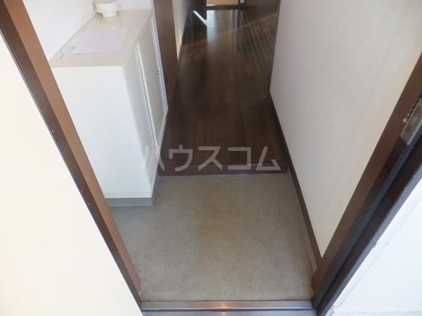 猪野マンション 103号室の玄関