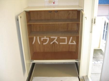 エスポワ清水 101号室の玄関