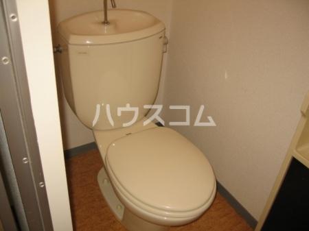 エスポワ清水 101号室のトイレ