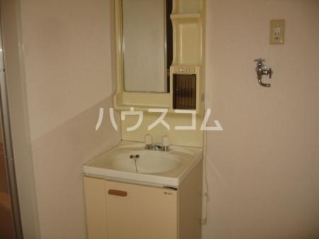 エスポワ清水 101号室の洗面所