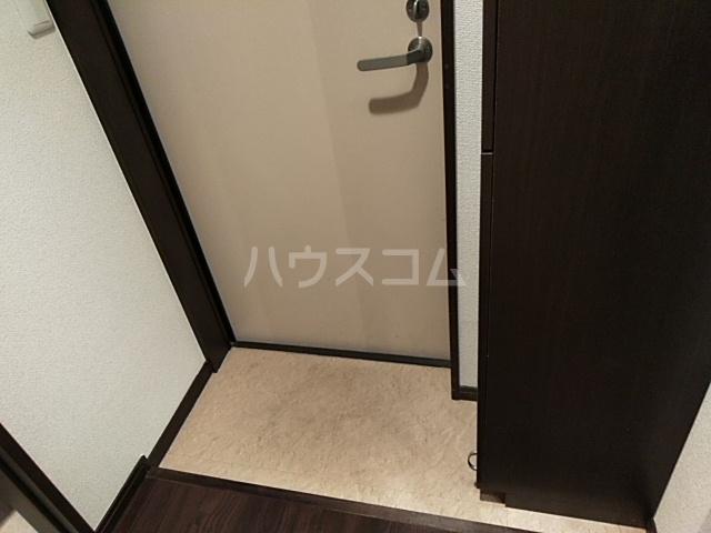 エリュート 105号室の玄関
