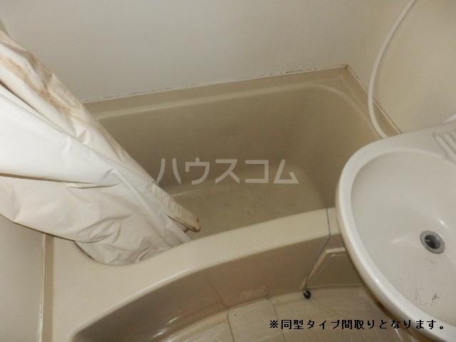 TIマンション 101号室の風呂