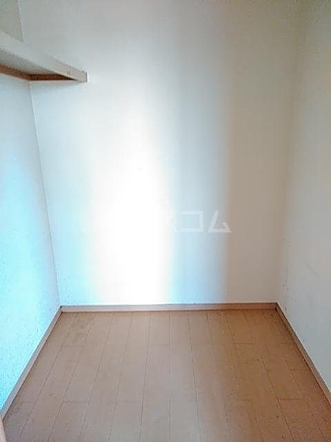 ソレーユ 203号室の収納