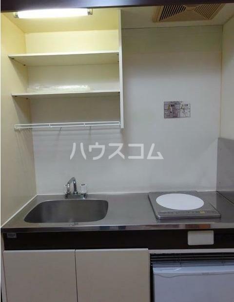 レジデンス西柴 204号室のキッチン