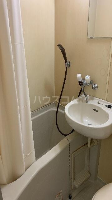 レジデンス紅 101号室の風呂