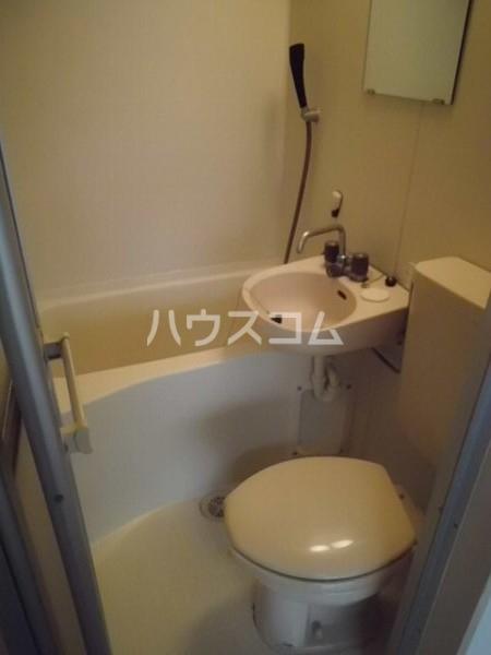 桜コーポ第2 105号室の洗面所