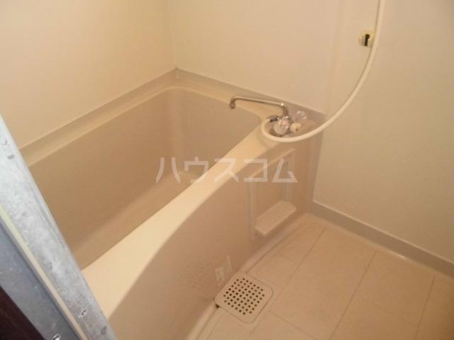エトワール港楽 201号室の風呂