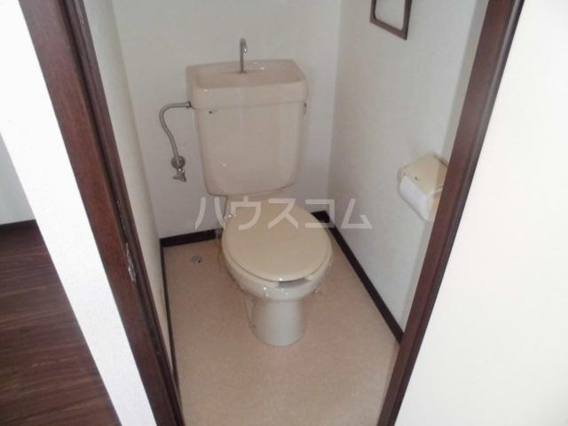 エトワール港楽 201号室のトイレ