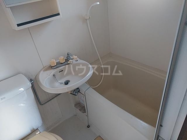 Mハイツ 202号室の風呂