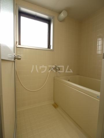 箕ノ手ハイツB棟 302号室の風呂