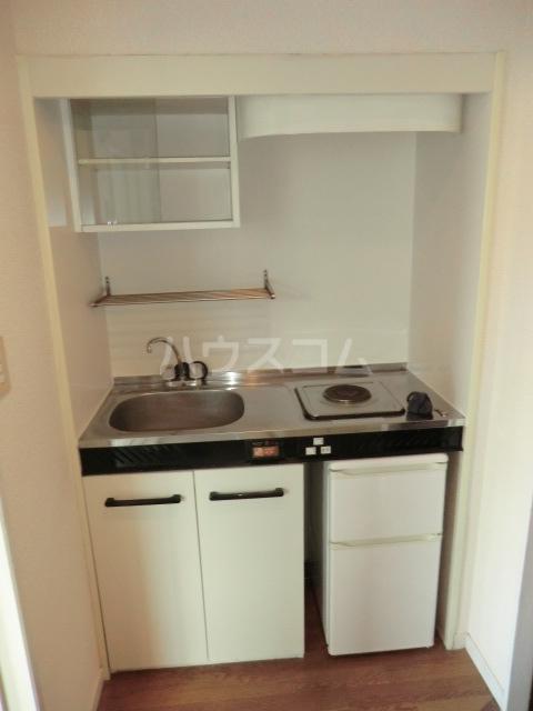 パレス笠寺 101号室のキッチン