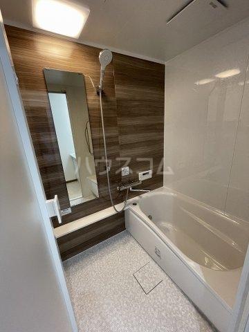 ガーデンヒルズ光 503号室の風呂