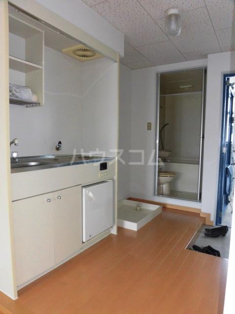 ユースハイム 301号室のキッチン
