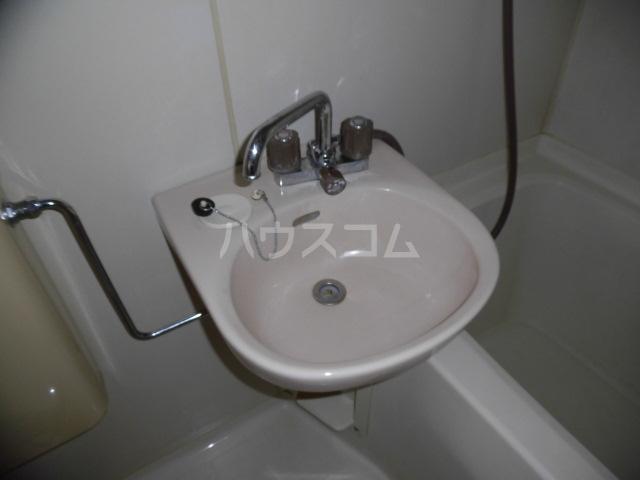 ユースハイム 301号室の洗面所